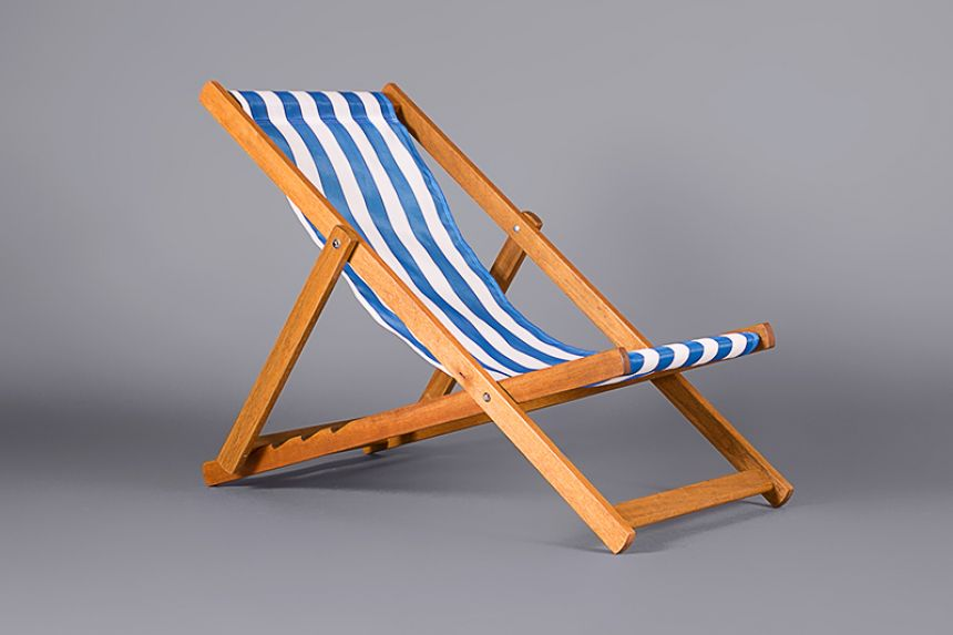 Deck Chair   Classic Blue And White Stripe
